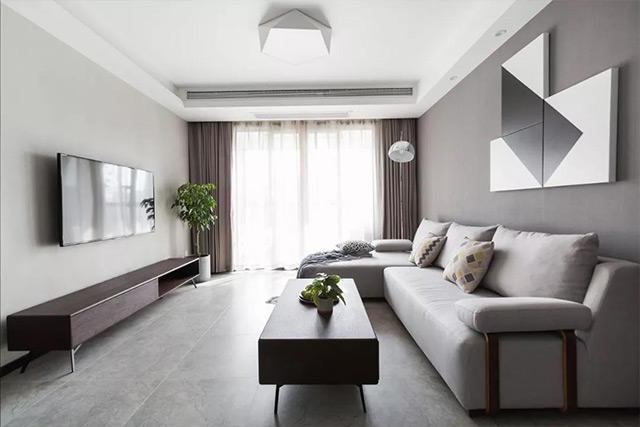 原本白灰色调的家装风格在同款灰帘的搭配下更显大气简约.